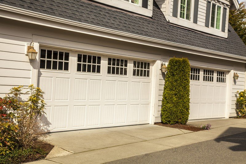 How to Manage Garage Door Repair in Torrance CA1